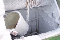Как утеплить скважину на зиму: обзор лучших способов + выбор материалов