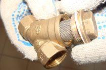 Фильтры грубой и тонкой очистки воды: обзор видов + установка и правила подключения