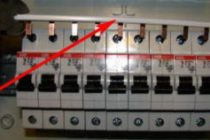 Зачем подключать автоматы через гребенку и как это сделать правильно?