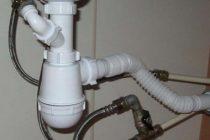 Разводка труб в ванной. способы укладки коммуникаций и виды применяемых комплектующих