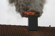 Как правильно прочистить дымоход в частном доме от сажи: советы и рекомендации
