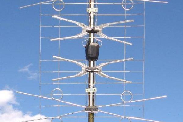 Модифицированная аналоговая антенна под «цифру»