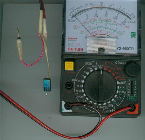 Аналоговый прибор для проверки конденсатора