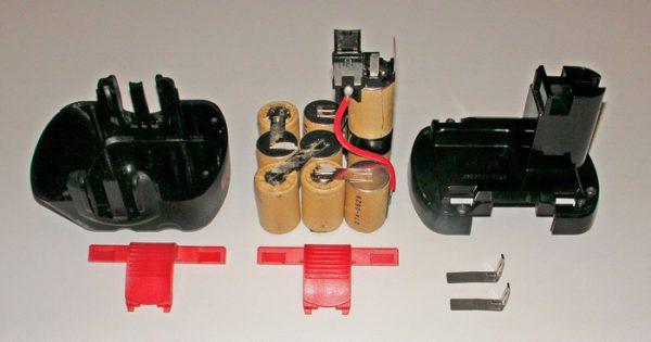 Удаление гальванических банок с аккумуляторного отсека