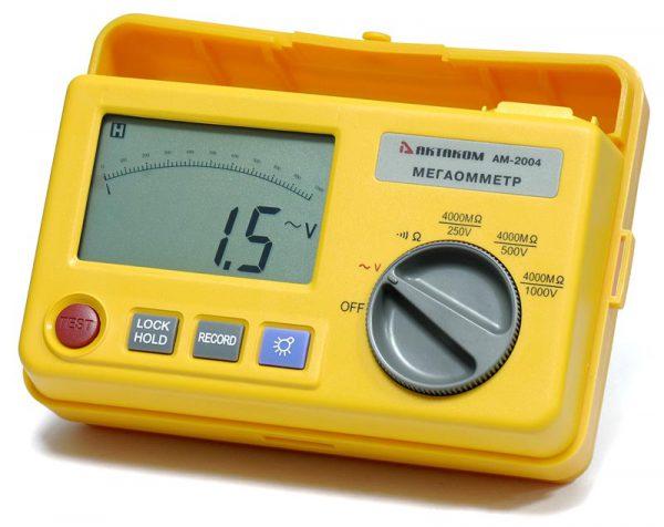 Электроинструмент ежемесячно поверяется мегаомметром