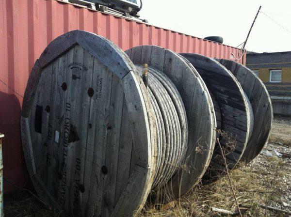 Хранение кабеля АСБЛ осуществляется в катушках