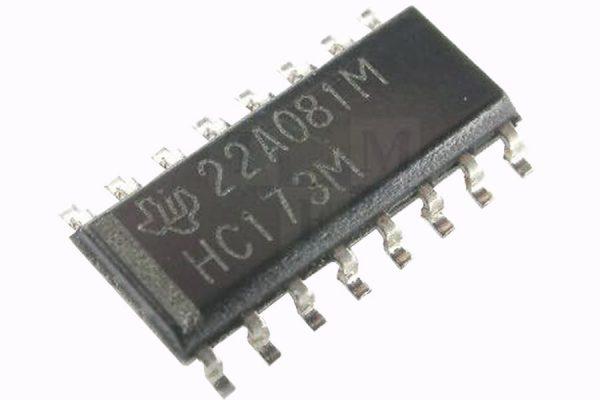 Микросхема 4х д-триггер SO16