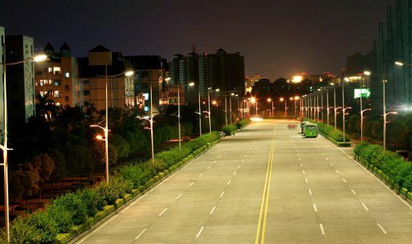 Уличное прожекторное освещение
